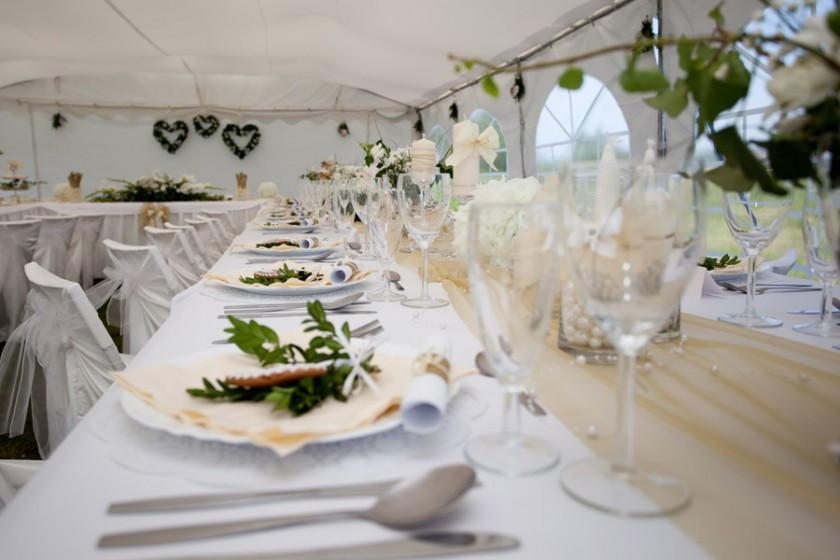 Fotografie 100-svetle (23).jpg v galerii Svatební tabule od fotografky Eriky Matějkové