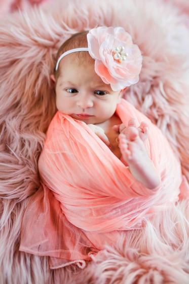 Fotografie 18-10-11-rychla-684A4161a.jpg v galerii Novorozenci od fotografky Eriky Matějkové