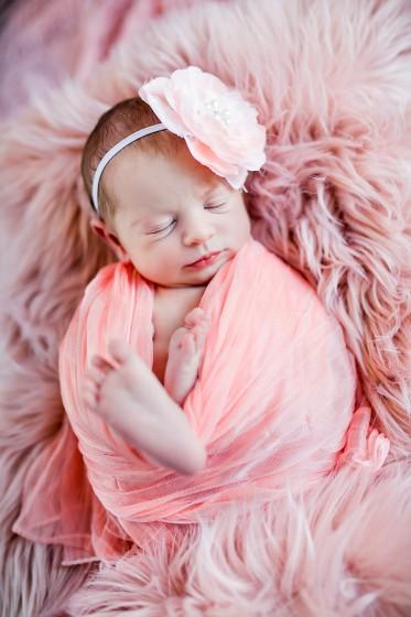 Fotografie 18-10-11-rychla-684A4170.jpg v galerii Novorozenci od fotografky Eriky Matějkové