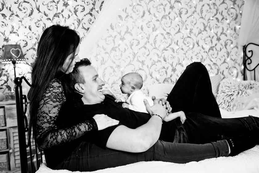Fotografie 18-10-25-belajev-684A8484-2.jpg v galerii Novorozenci od fotografky Eriky Matějkové