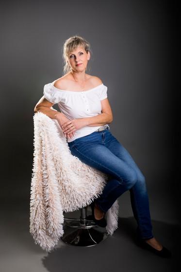 Fotografie 18-10-23-pelikanova-684A7908.jpg v galerii Ženy od fotografky Eriky Matějkové