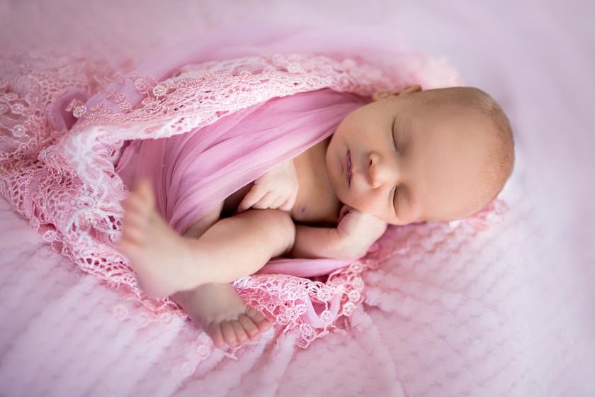 Fotografie 684A0006.jpg v galerii Novorozenci od fotografky Eriky Matějkové