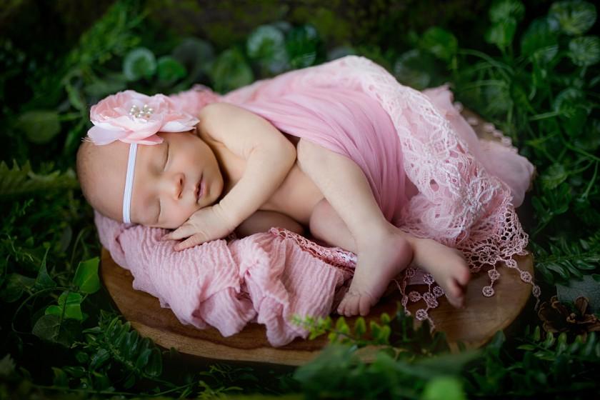 Fotografie 684A0009.jpg v galerii Novorozenci od fotografky Eriky Matějkové