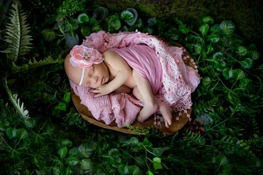 Fotografie 684A0018 (2).jpg v galerii Novorozenci od fotografky Eriky Matějkové