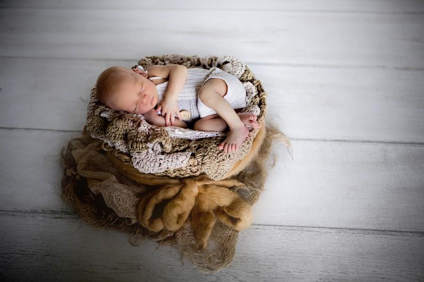 Fotografie 684A0046.jpg v galerii Novorozenci od fotografky Eriky Matějkové
