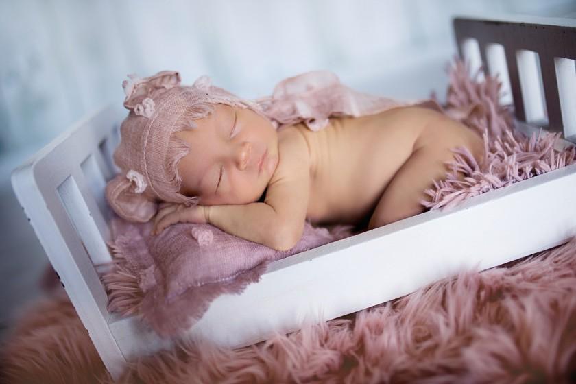 Fotografie 684A0054.jpg v galerii Novorozenci od fotografky Eriky Matějkové