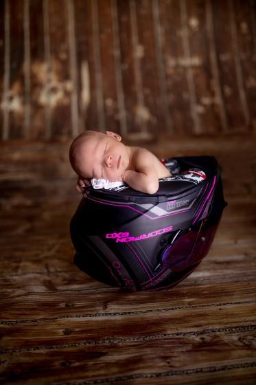 Fotografie 684A0098.jpg v galerii Novorozenci od fotografky Eriky Matějkové