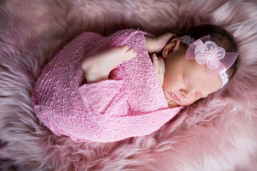 Fotografie 684A3156.jpg v galerii Novorozenci od fotografky Eriky Matějkové