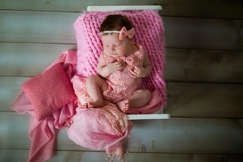 Fotografie 684A6075.jpg v galerii Novorozenci od fotografky Eriky Matějkové