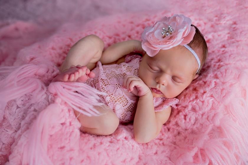 Fotografie 684A6102.jpg v galerii Novorozenci od fotografky Eriky Matějkové