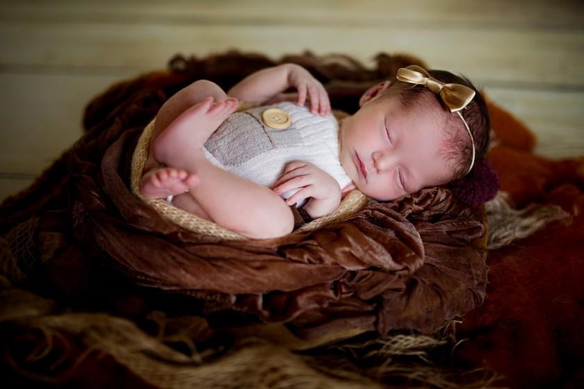 Fotografie 684A8184.jpg v galerii Novorozenci od fotografky Eriky Matějkové